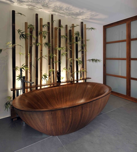Amazing Bathrooms With Wooden Bathtub (19)
