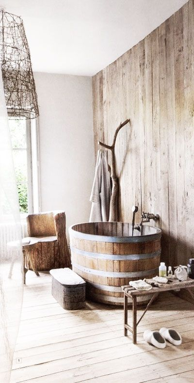 Amazing Bathrooms With Wooden Bathtub (6)