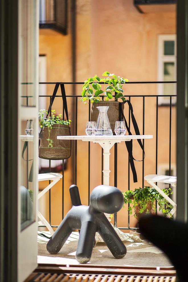 Contemporary Living Room Balcony1