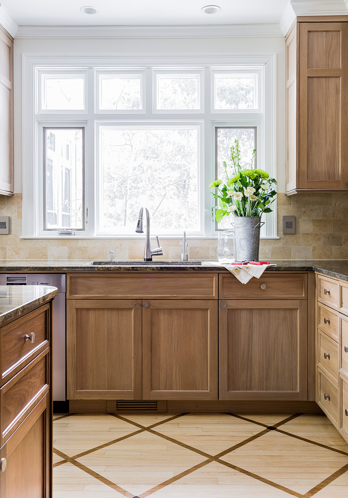 Contemporary Traditional Kitchen Design Inspiration (4)