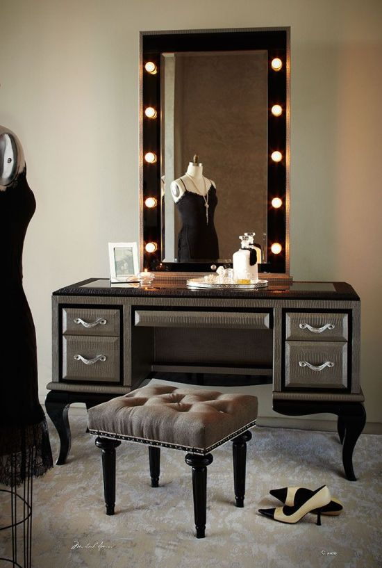 Stunning Bedroom Vanity Ideas (12)