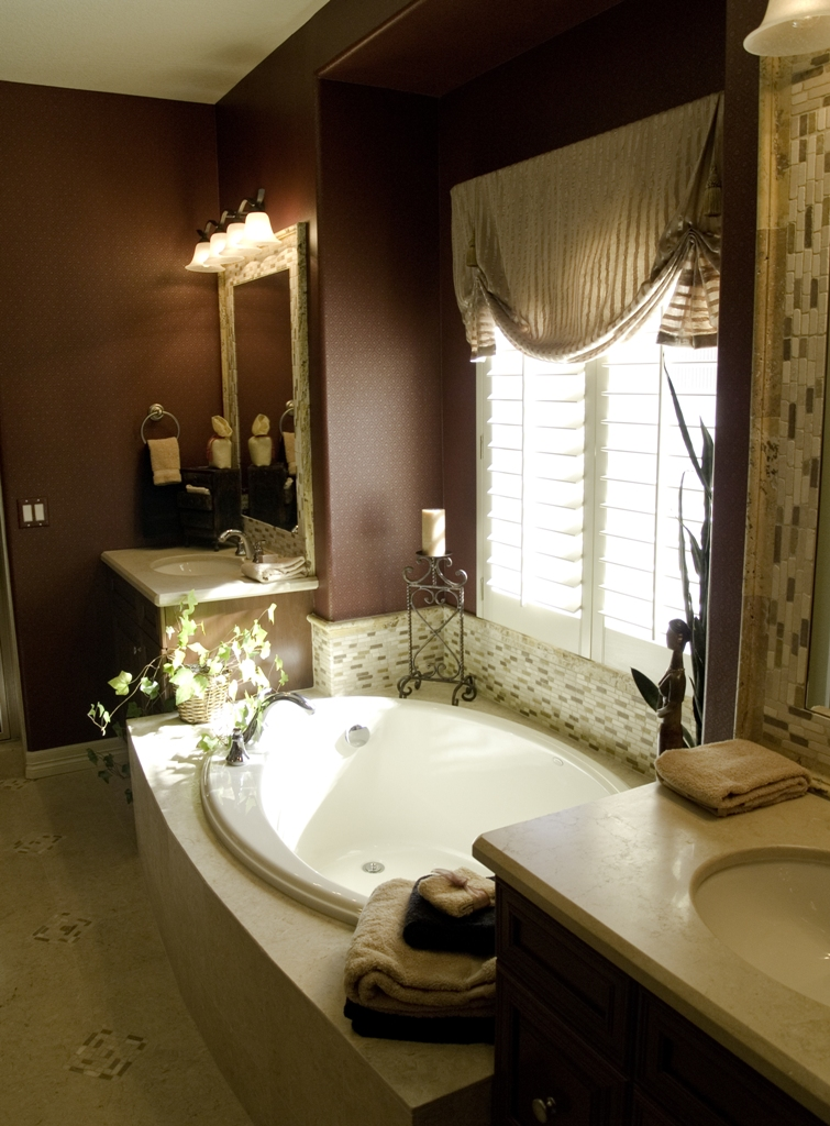 modern-luxury-master-bathroom-design-ideas-10