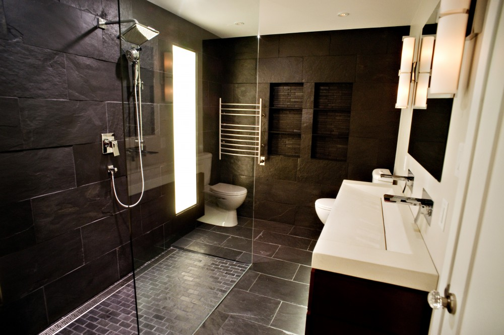 25 modern luxury master bathroom design ideas for Master bathroom closet design ideas