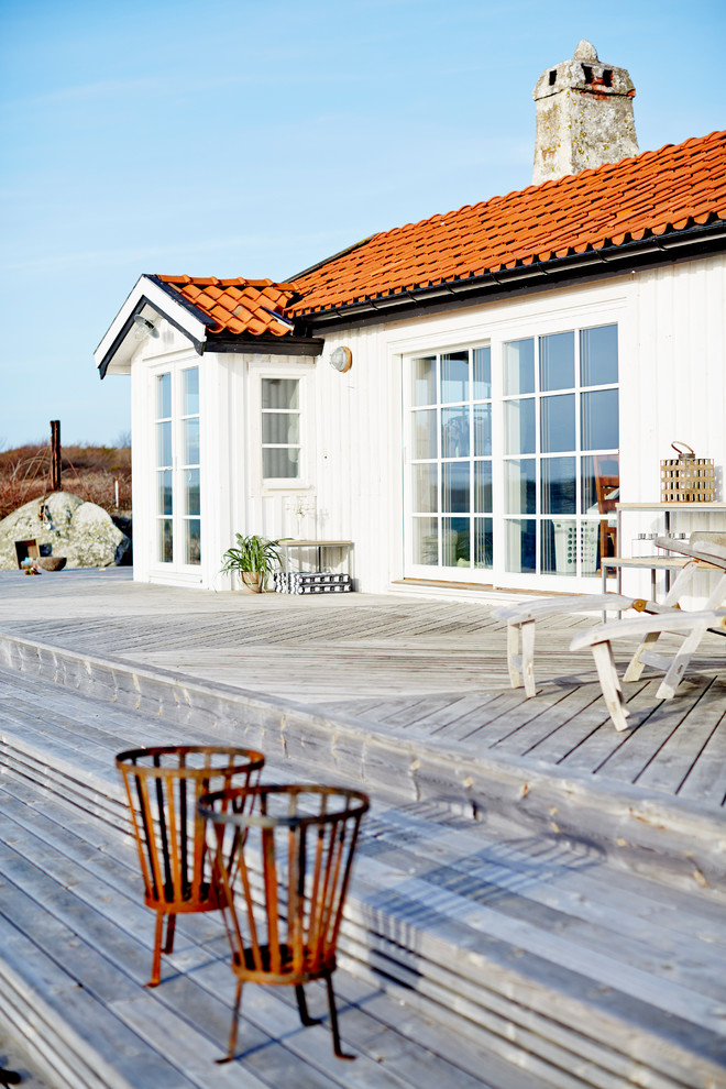 Scandinavian Deck Design