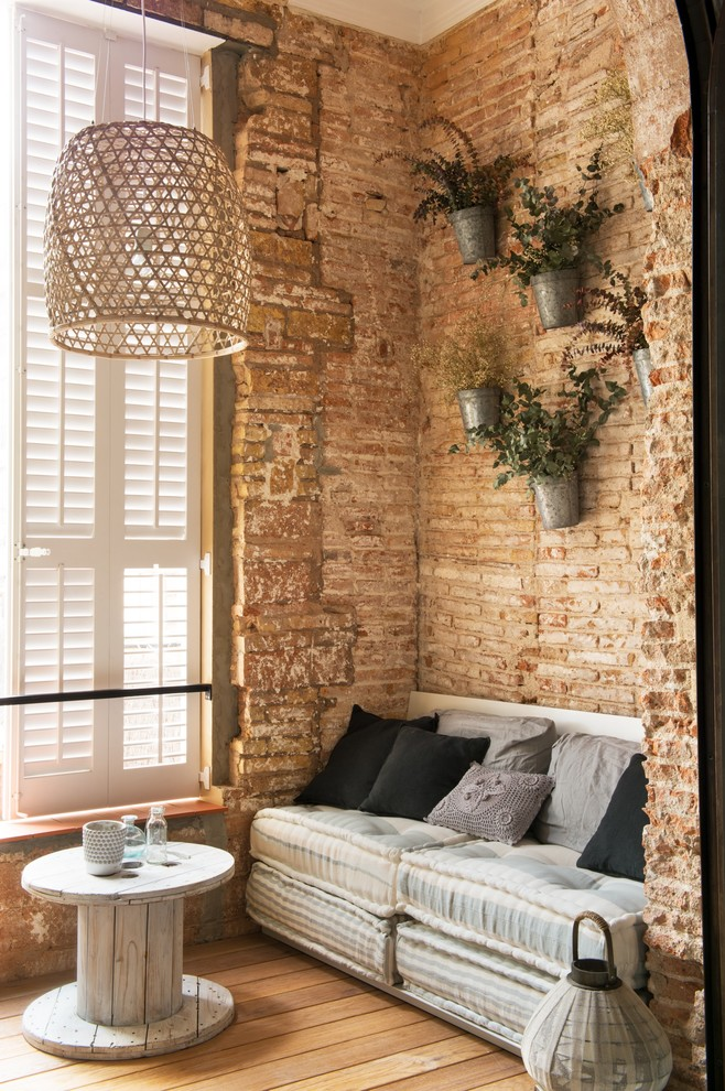Shabby-Chic Style Family Room Design