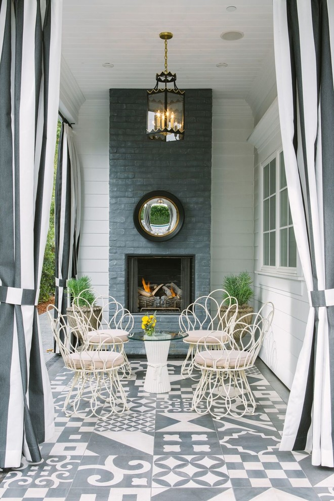 Shabby-Chic Style Patio Design