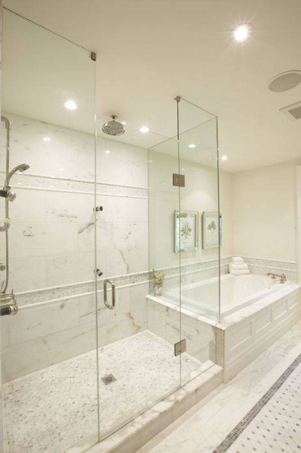 25 amazing walk in shower design ideas Glass bathroom design ideas