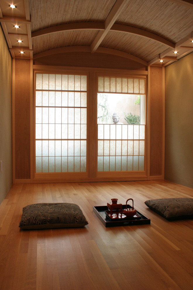 25 small living room design ideas for Small japanese room design