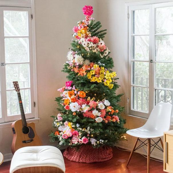awesome-christmas-tree-decorating-ideas-13