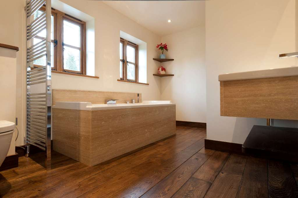 15 Stunning Bathroom With Hardwood Flooring ·