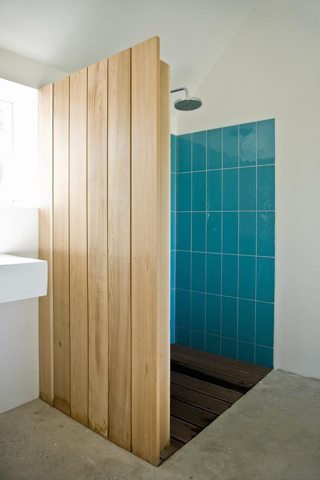concrete-scandinavian-bathroom