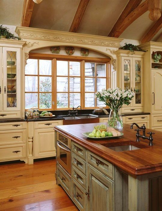 country-kitchen-with-island