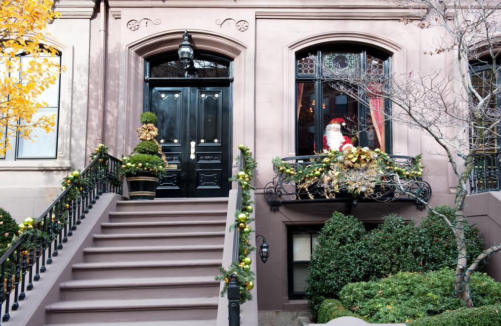 exterior-christmas-decoration