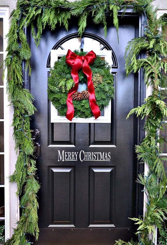 framed-christmas-wreath