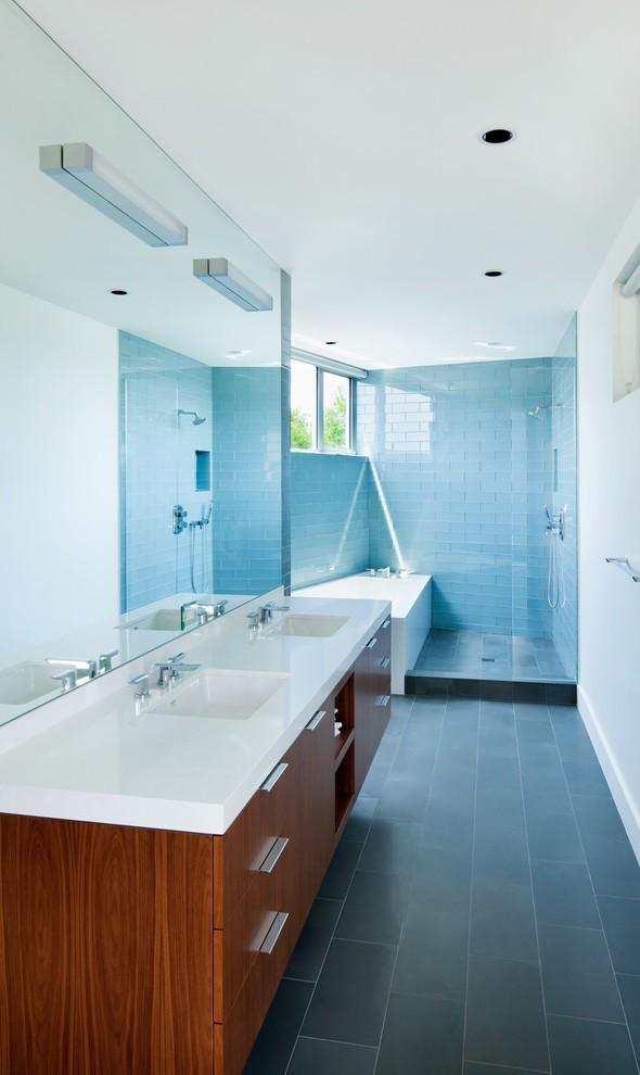 midcentury-master-bathroom