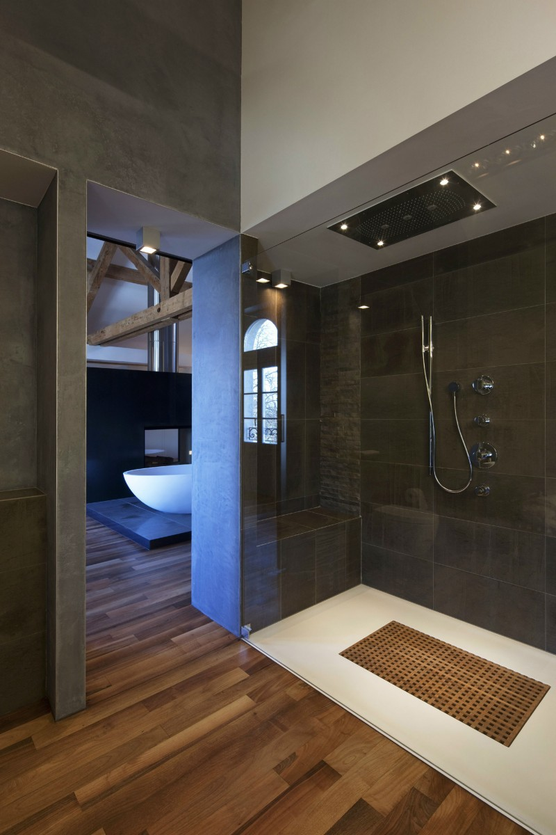 20 unique modern bathroom shower design ideas for Photos of contemporary bathrooms