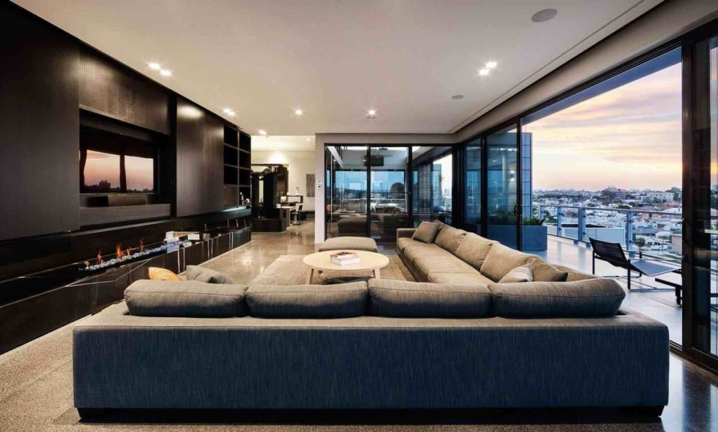 modern-penthouse-living-room