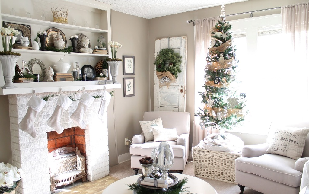 neutral-white-christmas-decorating-ideas