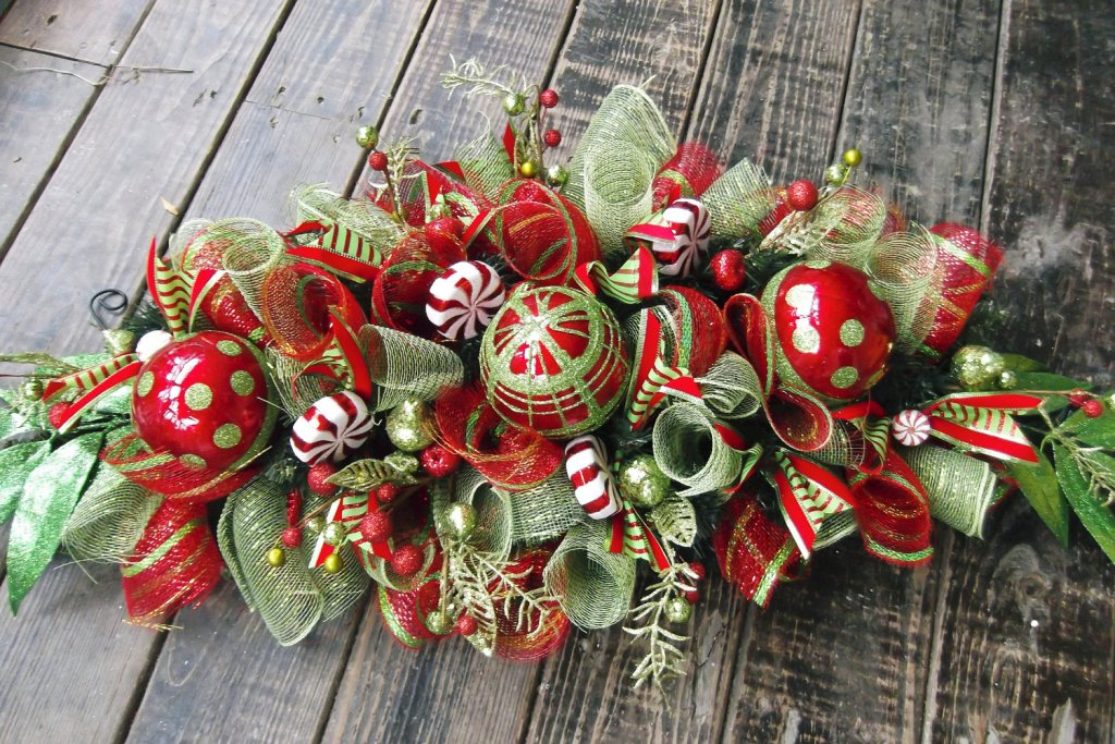 Pretty Christmas Table Decoration Ideas 24