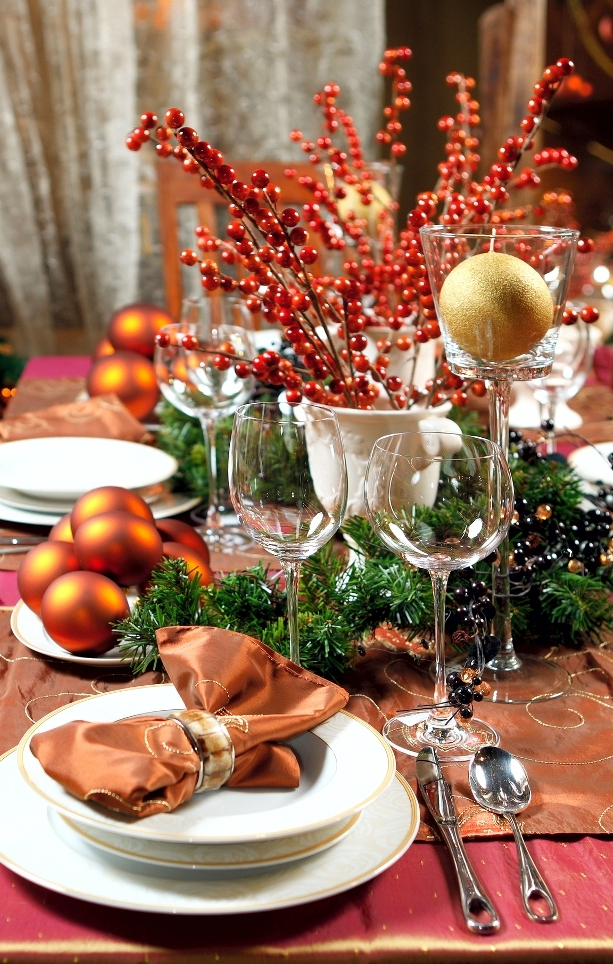 pretty-christmas-table-decoration-ideas-9