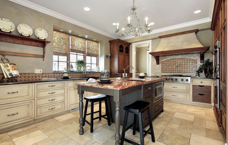 traditional-two-tone-country-kitchen-design