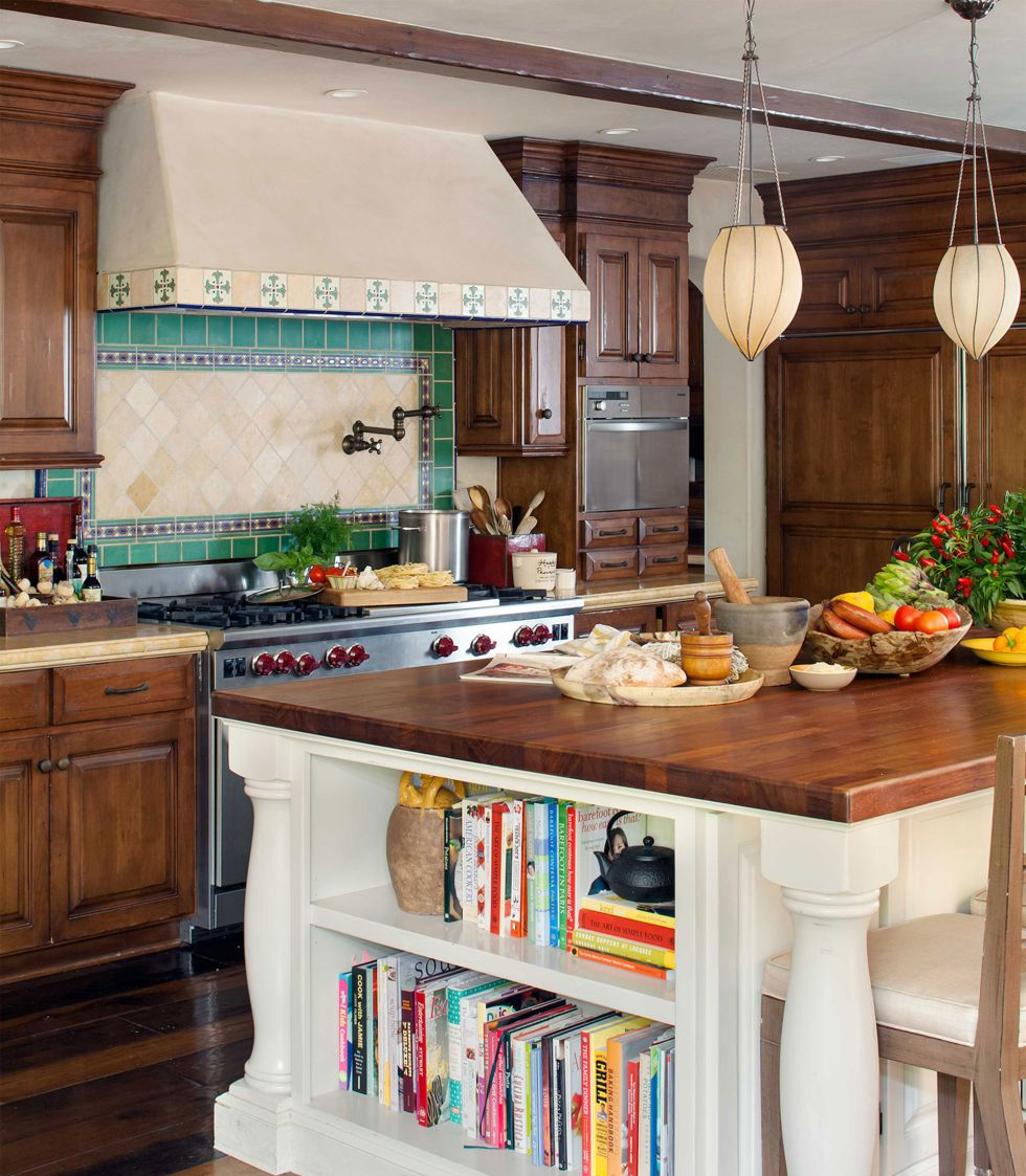 21 splendid kitchen island ideas for Fun kitchen designs