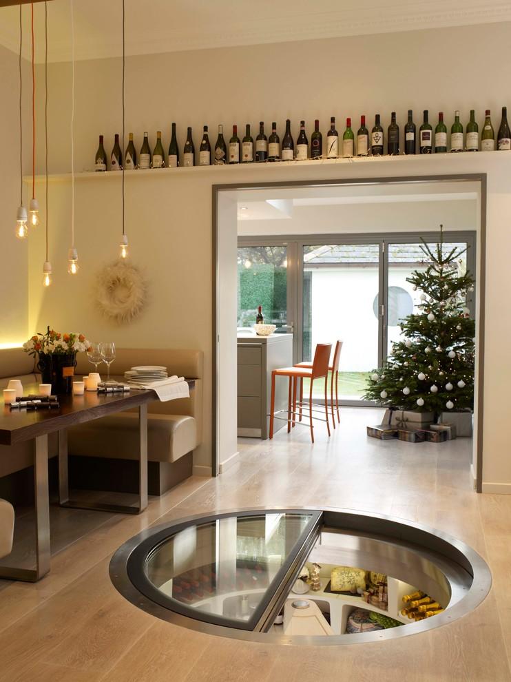 wine-cellar-christmas-decoration