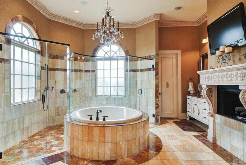 traditional-luxury-walk-in-shower