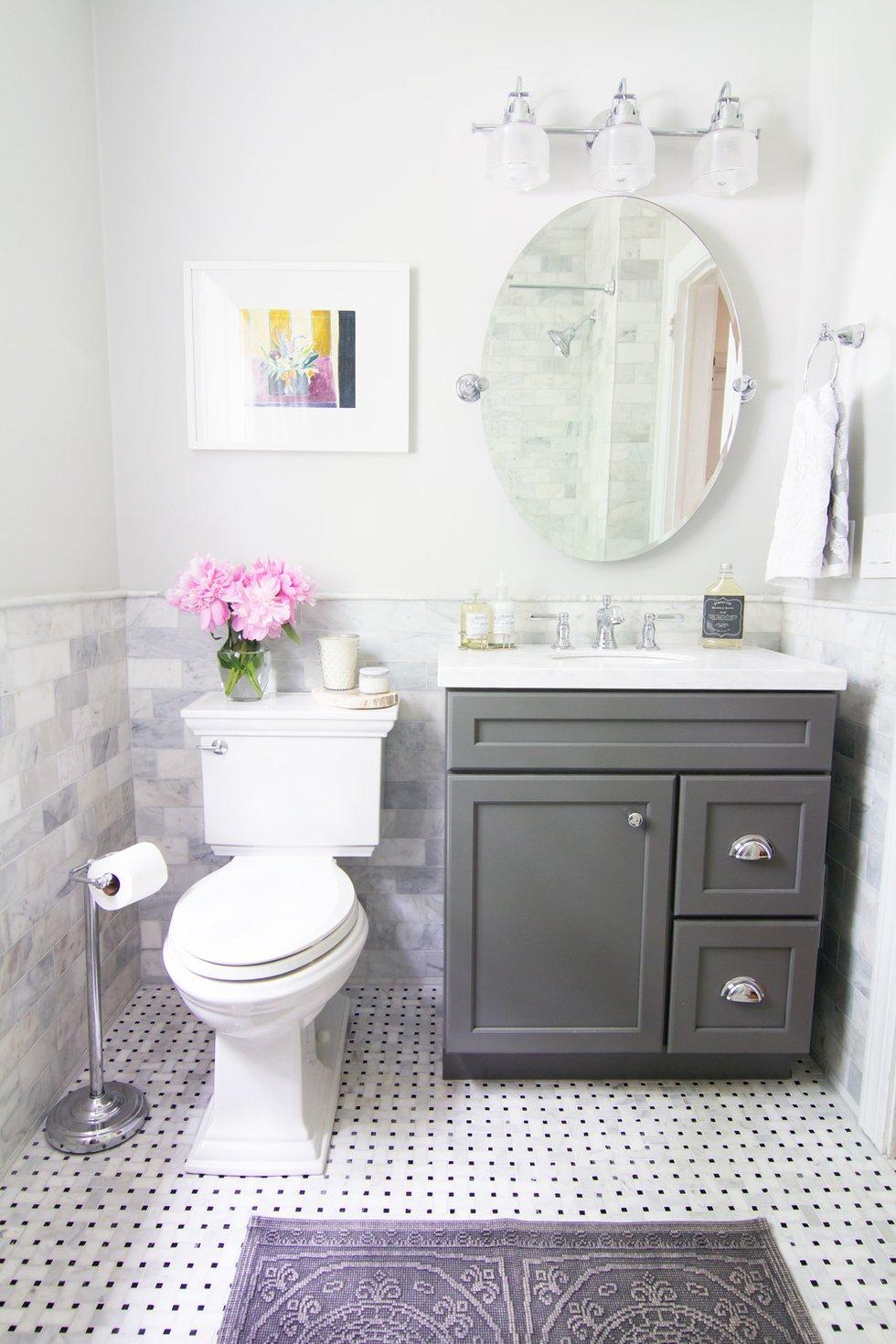 chic-small-bathroom