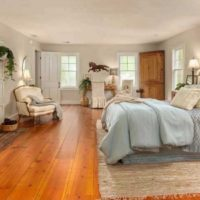 amazing bedroom hardwood floors | 25 Amazing Bedrooms With Brick Walls