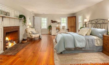 country-master-bedroom-with-hardwood-floors
