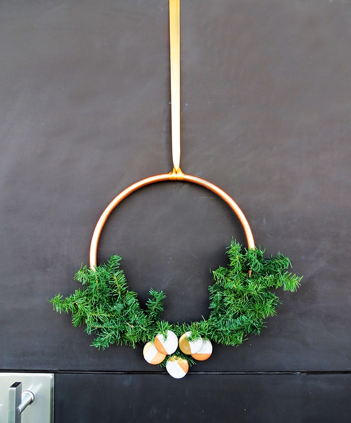 diy-christmas-wreath-10