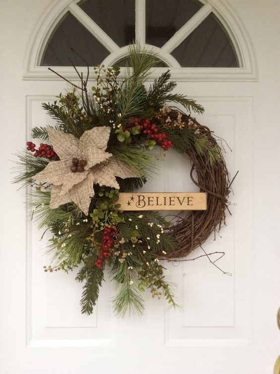21 diy christmas wreath decorating ideas for How to make christmas door wreaths