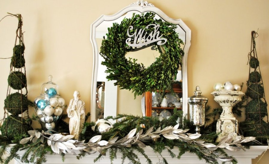 25 modern christmas decorating ideas for Contemporary christmas decorating ideas