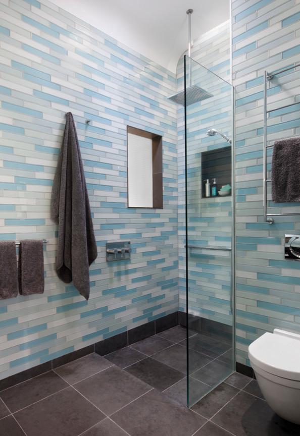 modern-blue-subway-tiles-bathroom