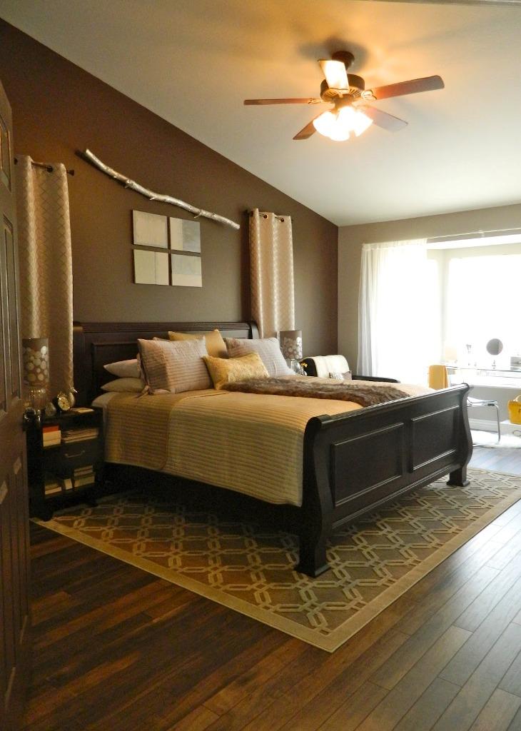 unique-bedroom-with-hardwood-flooring