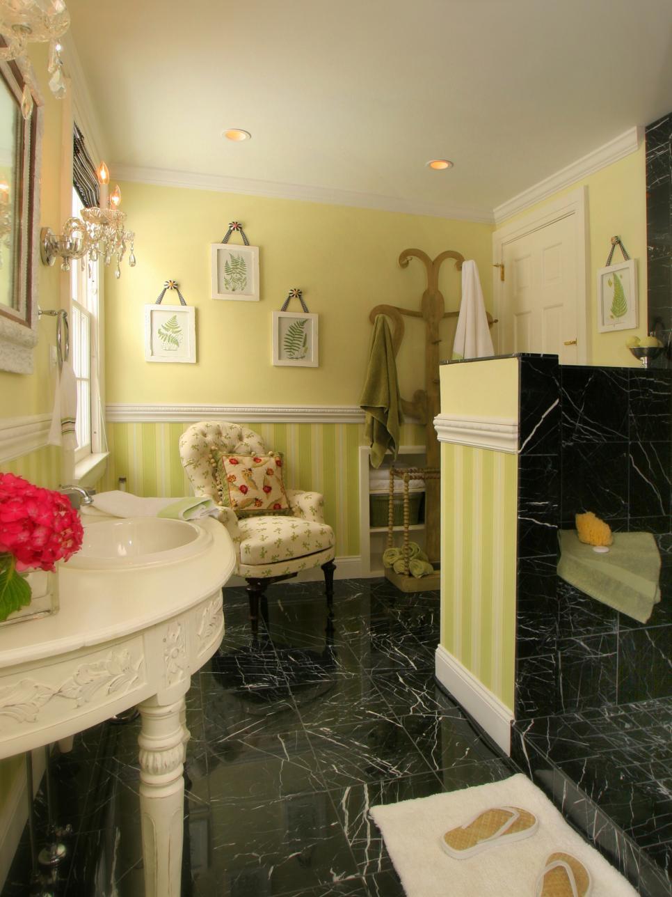 15 beautiful bathroom color ideas for Green and black bathroom ideas