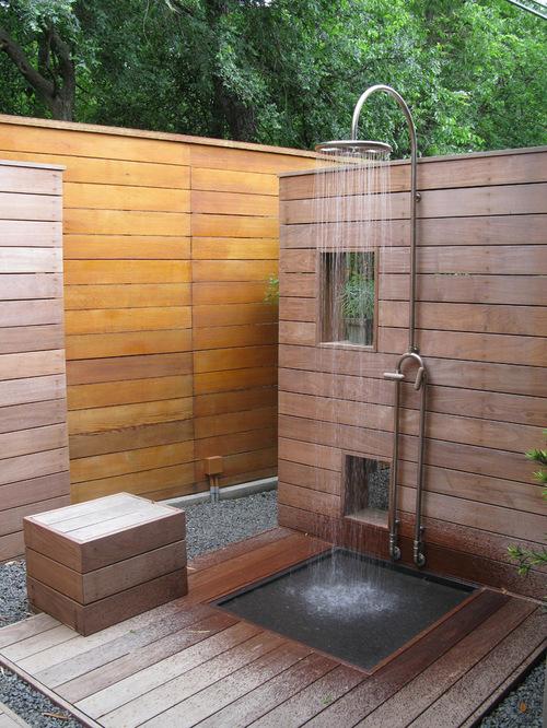 modern-patio-idea-in-dallas