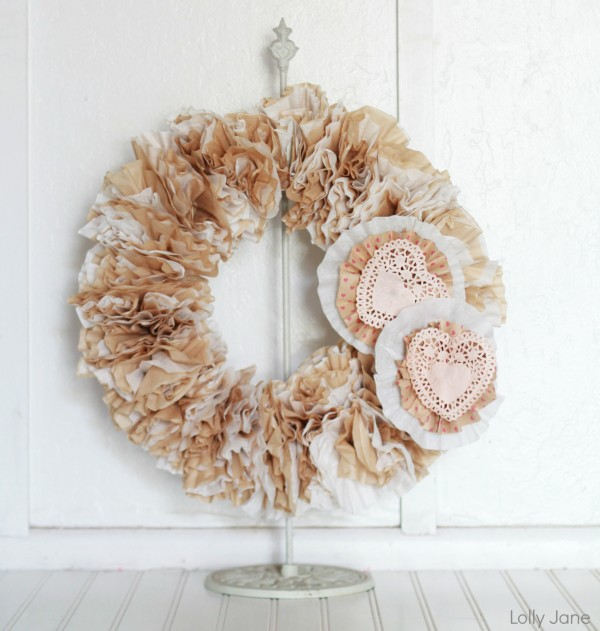 valentine-coffee-filter-wreath
