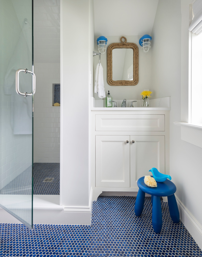 Beach Style Kids Bathroom
