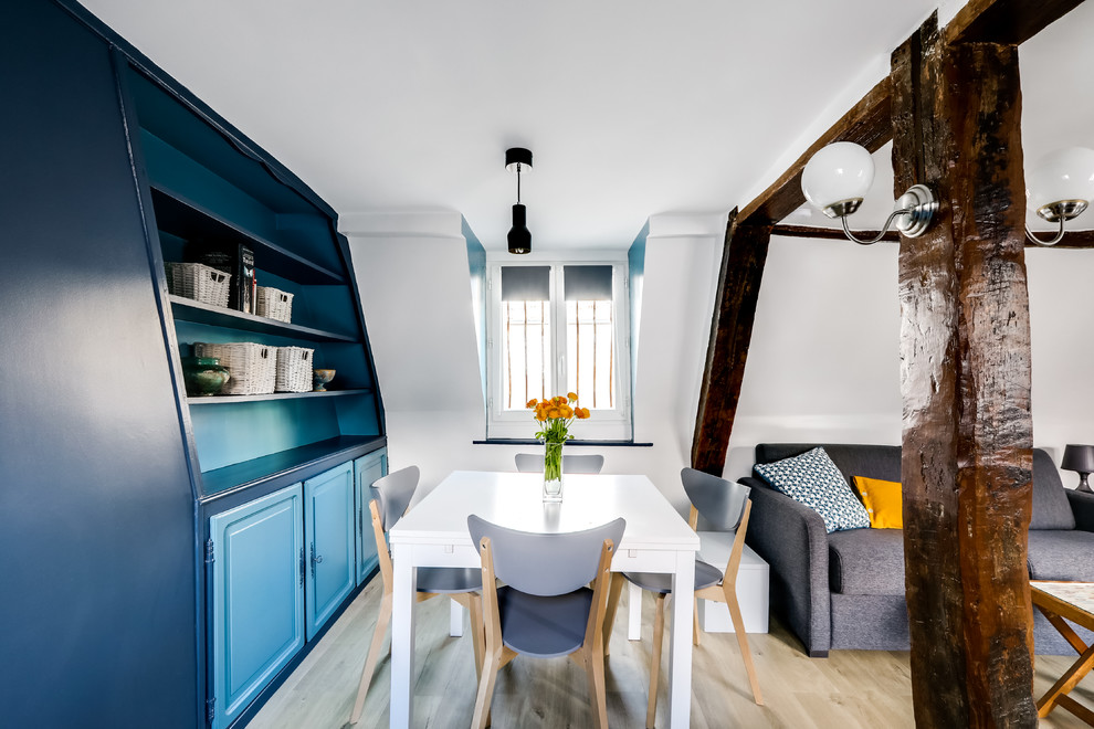 Mid-Sized Contemporary Dining Room
