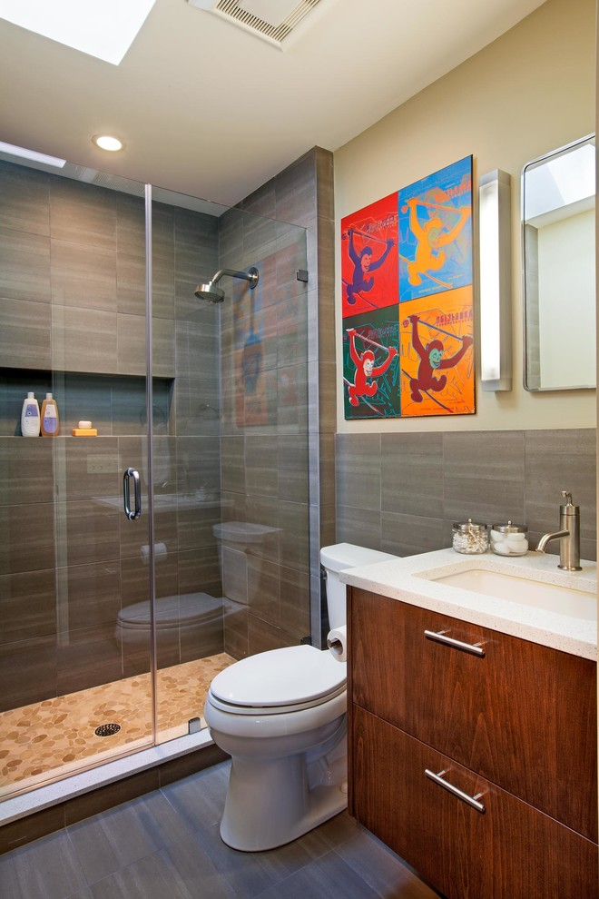 Midcentury Kids Bathroom