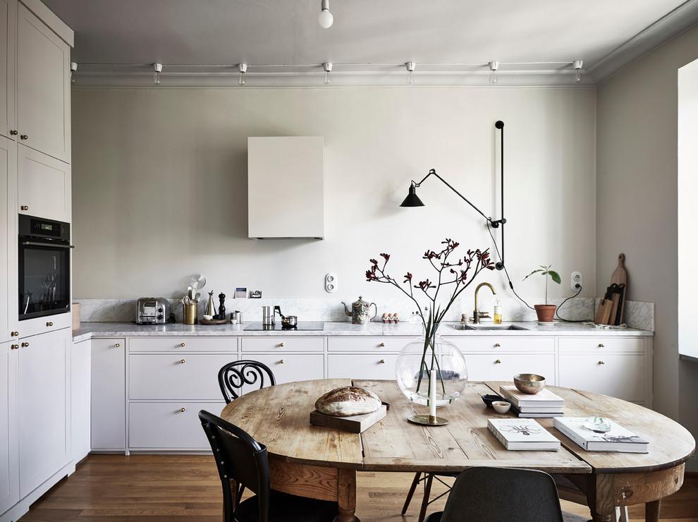 Scandinavian L-Shaped Kitchen
