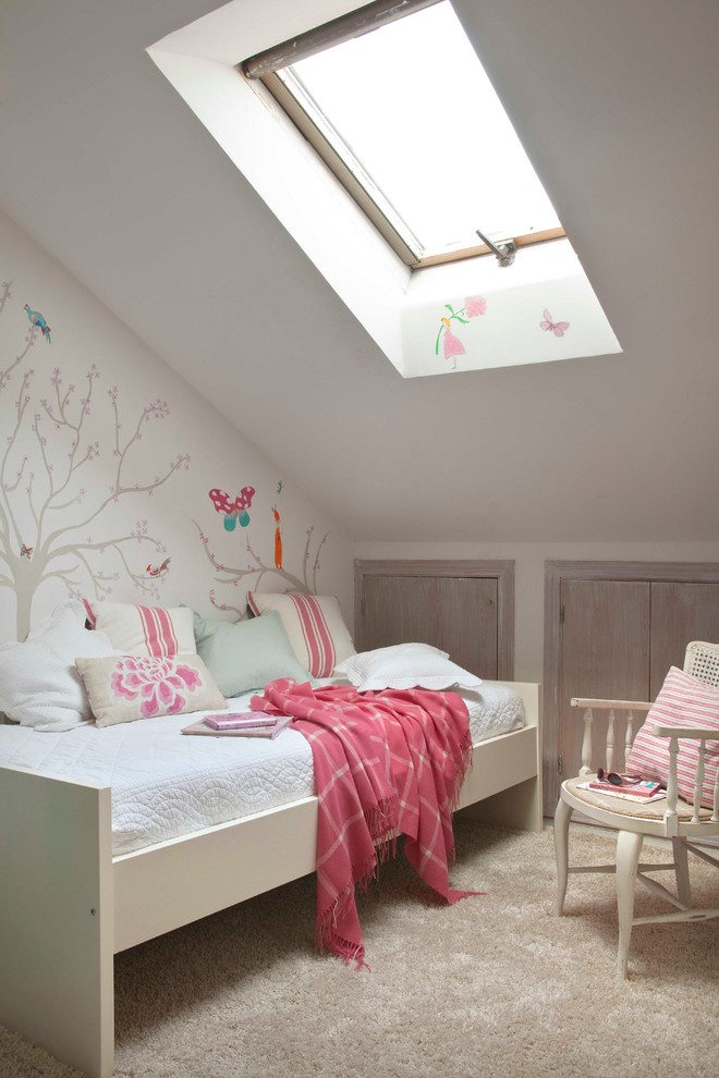 Shabby-Chic Style Colorful Kids Bedroom