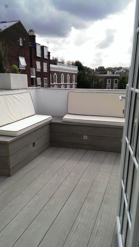 Small Modern Balcony Design