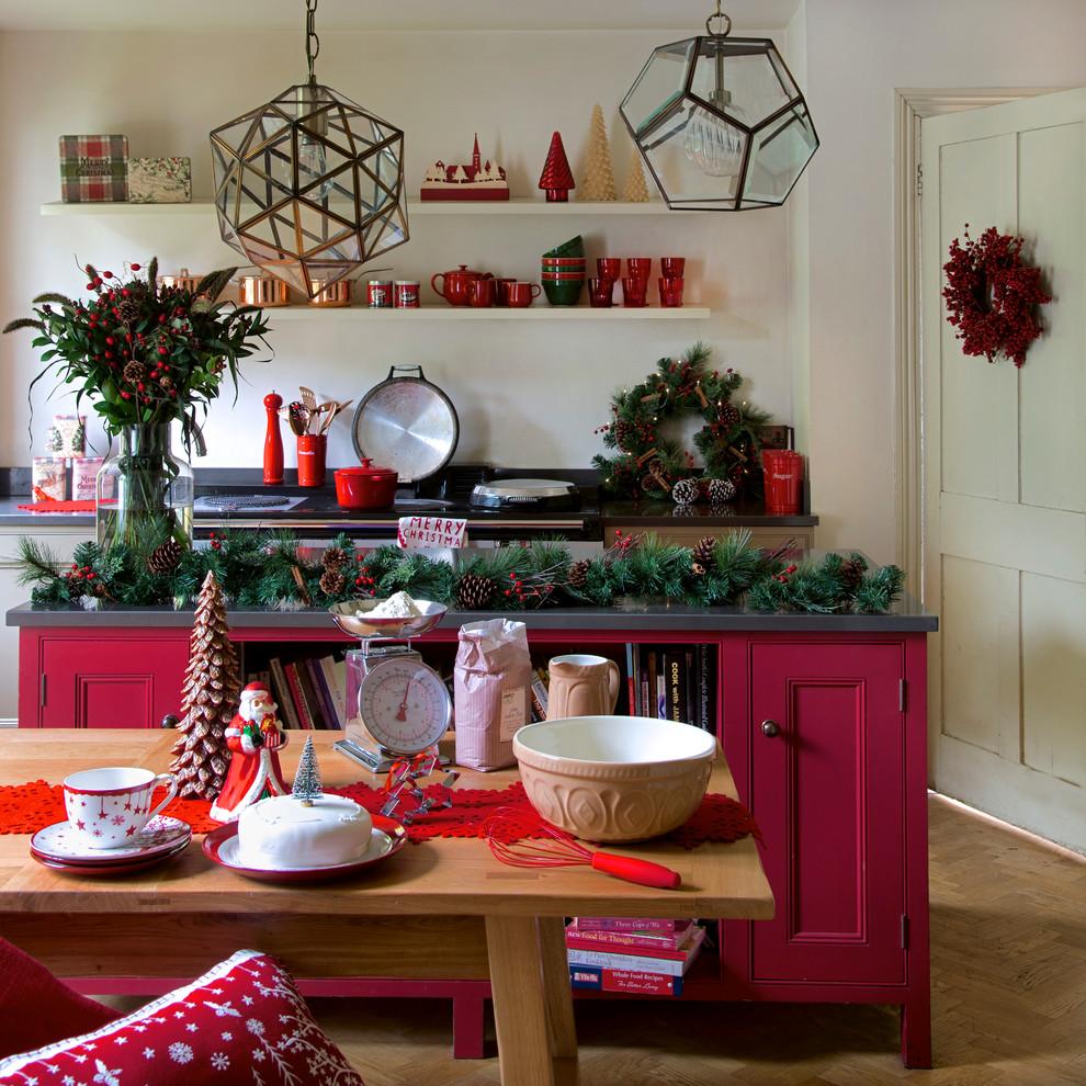 Contemporary Kitchen Wreath Decor