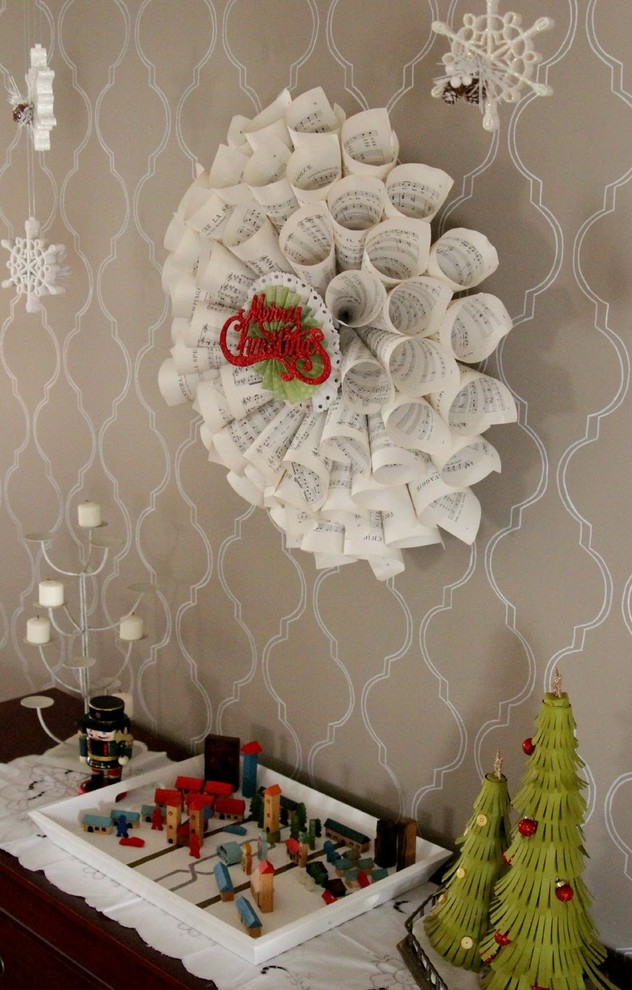 Dining Room Paper Wreath