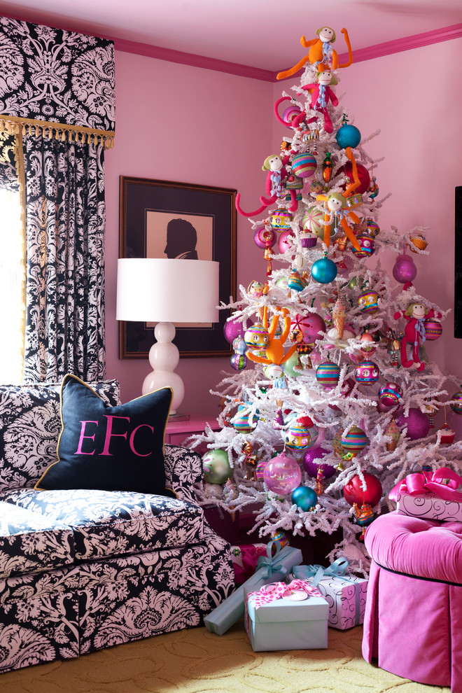 Eclectic Living Room Pink Christmas Decoration