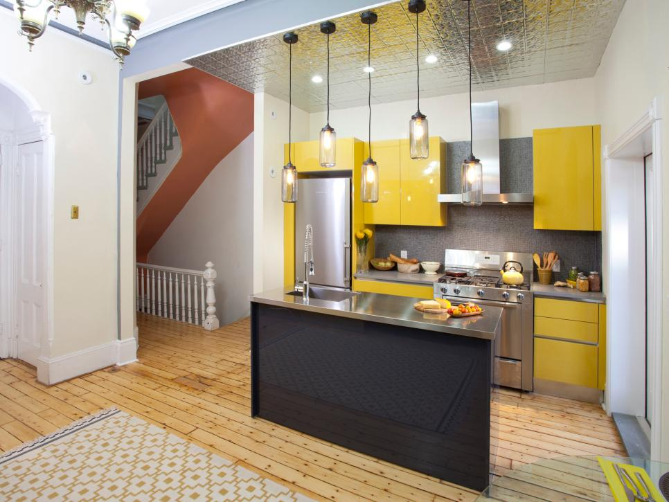 Contemporary Small Kitchen
