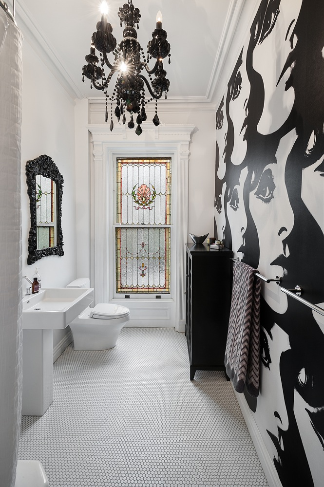 Black and White Small Bathroom Design